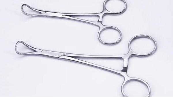对于妇科手术使用的手术器械有何要求?